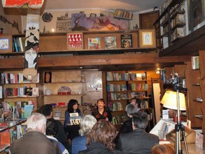 Ponencia, presentación y tertulia en Librería Les Punxes (Barcelona)